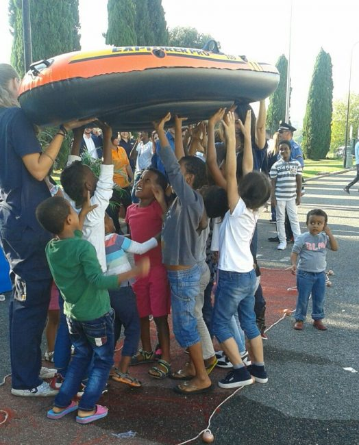 Assistance to migrants and asylum seekers